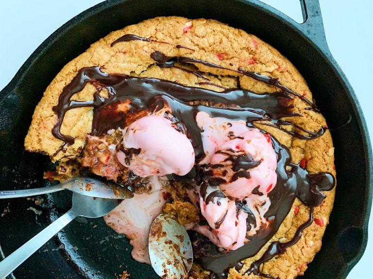 Peppermint Skillet Cookie