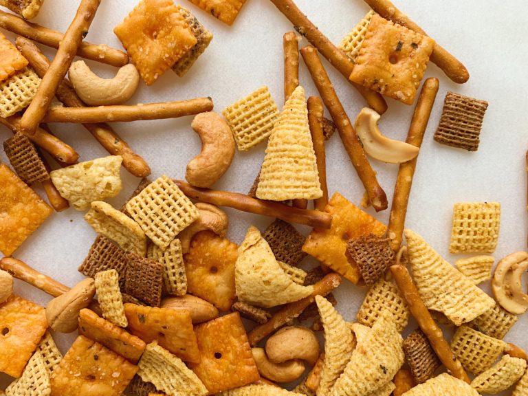 Zesty Ranch Snack Mix